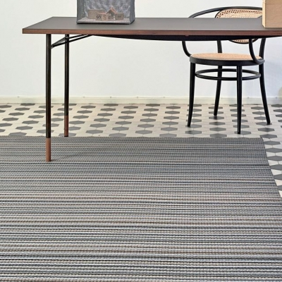 Simplicity at its best... Paper carpets bring the best of natural fibers to life- and look good doing it. A godsend for allergy sufferers and a natural choice for the environmentally conscious, paper carpets are made of spun paper and coated in wax to provide durability. Check out our website for a style guide! #Aronsons #PaperCarpet #Natural #NaturalFibers #PaperYarn #Environmentalism #Ecoproducts #CustomRugs#AronsonsFloorCovering