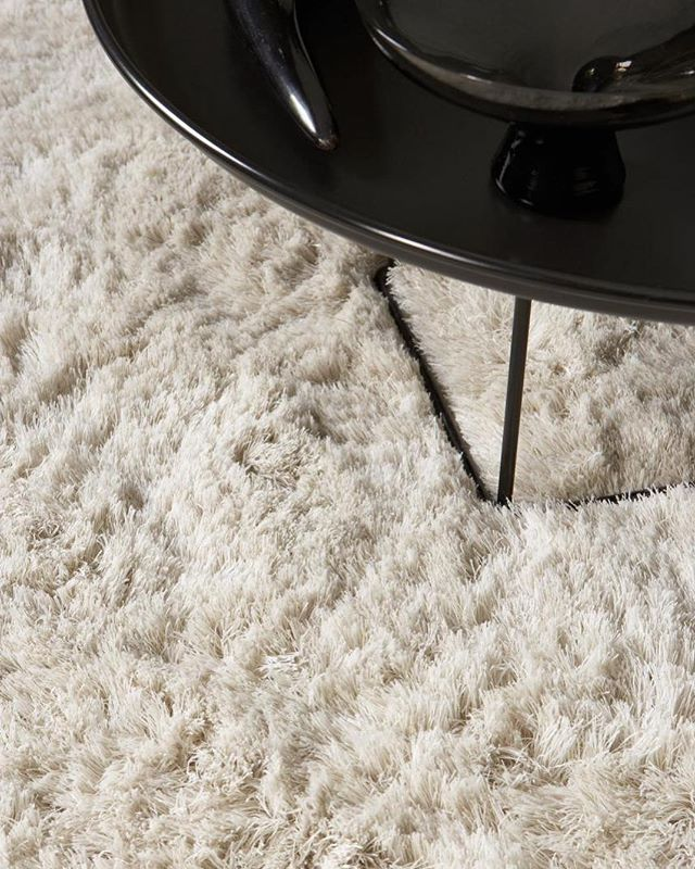#Shags. Fluffy, soft and comfy under foot in even the coldest weather like today. Just some of the many reasons we are loving shag rugs now and always. Check out the #linkinbio for a feature on shag rugs we did with the @nypost in 2016. ⠀